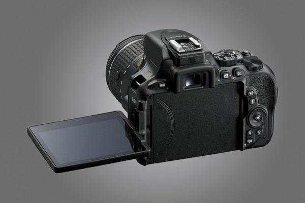 nikon-d5600-camera-03-lenzak